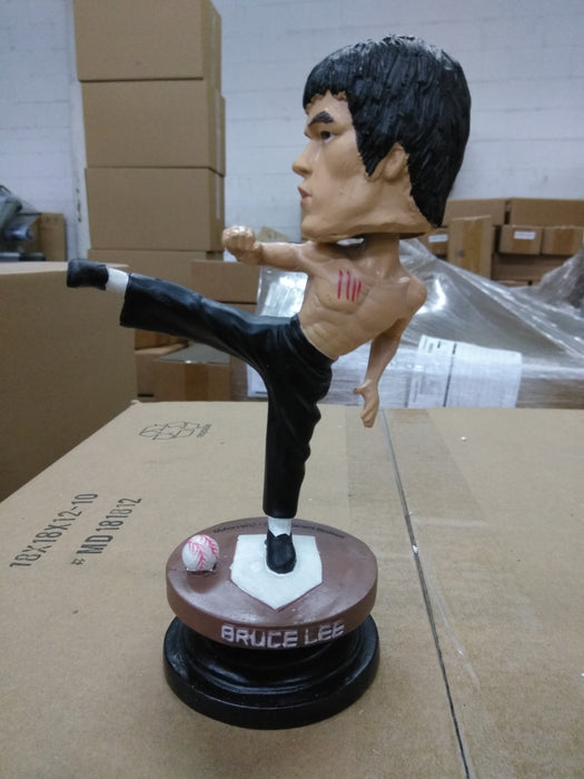 Bruce Lee  Is this a Custom on 2012 SF Giants? Bobblehead