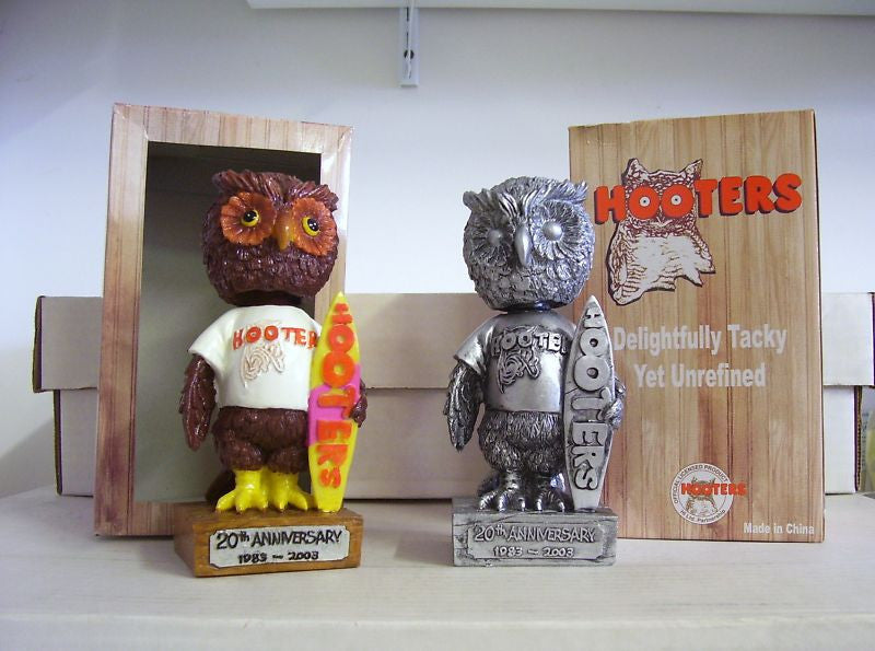 Hooters Mascot Bobblehead Set - BobblesGalore
