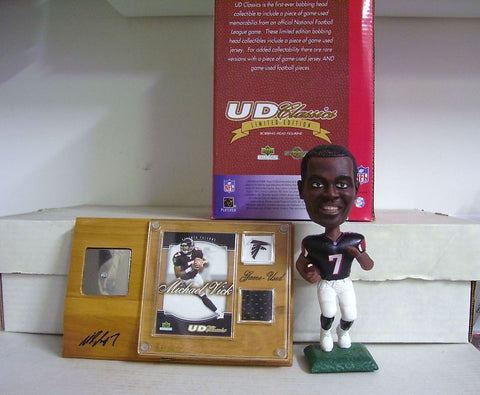 Michael Vick Bobblehead and Jersey