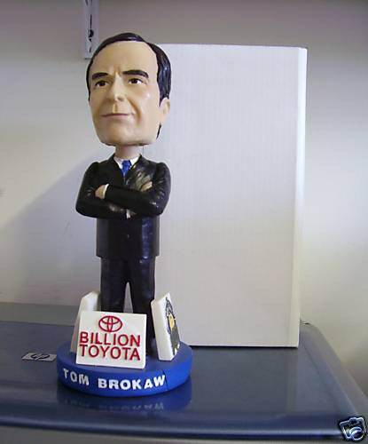 Tom Brokaw Bobblehead - BobblesGalore