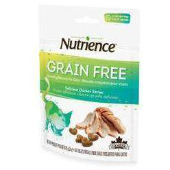 Nutrience Grain Free Cat Treats Chicken, Cat Treats, Rolf C Hagen Inc. - PetMax Canada