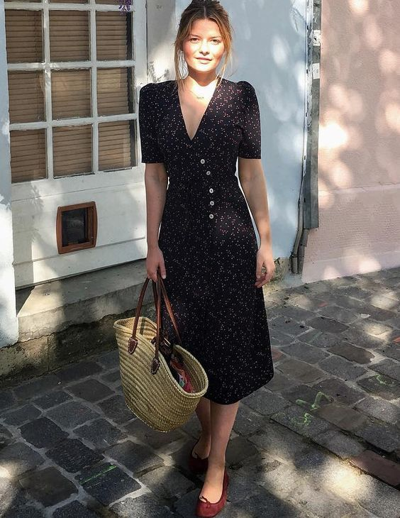 French Girl Style: Midi Dress