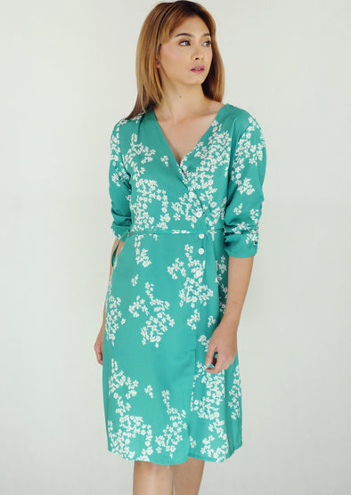Green Floral Gartherized Sleeves Wrap Dress