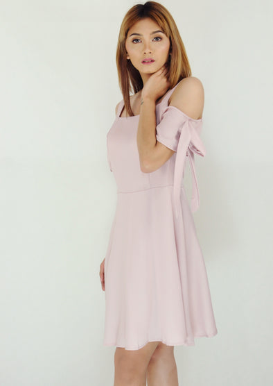 Light Pink Open Shoulder Bow Sleeves Dress