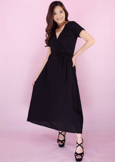 Zelma Dress - Black V-Neck Self Tie Maxi Dress