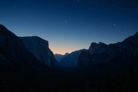 Yosemite at night