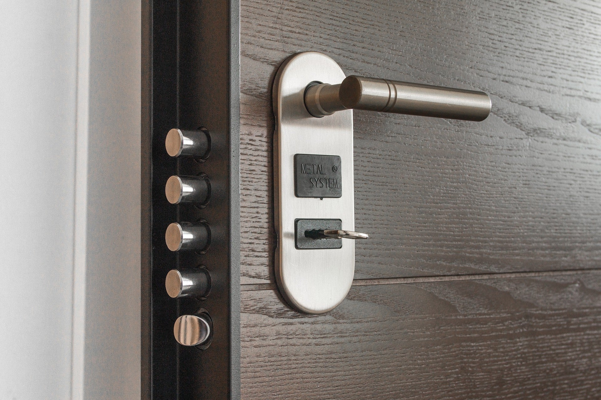 Home Automation Tech: Smart Locks
