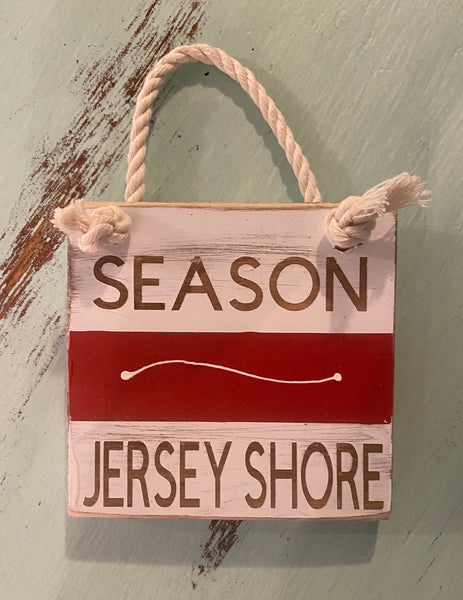 Red Beach Badge - Jersey Shore