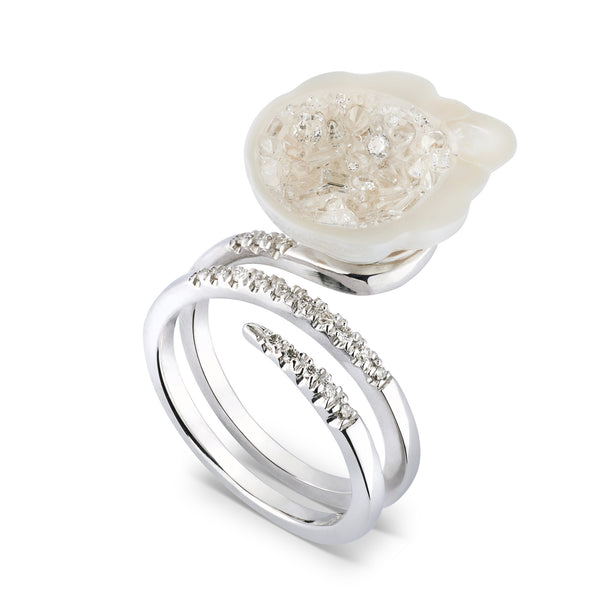 White South Sea Geode Ring with Mixed Diamonds