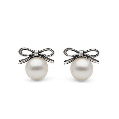 White or Black Freshwater Pearl with Bow Stud Earrings