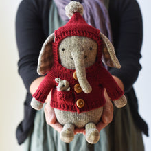 Elephant + Mouse Pattern