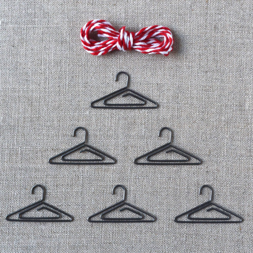 Tiny Hanger & Twine Set