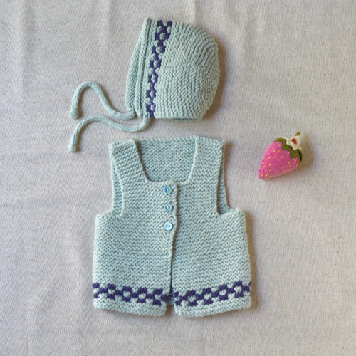 Lille En Set: Blanket, Bonnet and Vest
