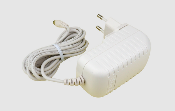 AC/DC Adapter 5V/3A