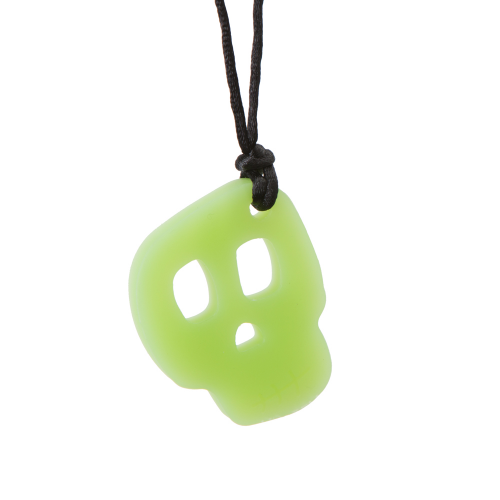 Skull Necklace Chew