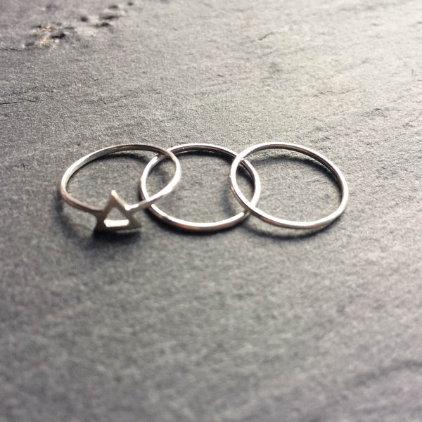 Set of 3 triangle knuckle rings
