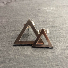 Mismatched triangle stud earrings