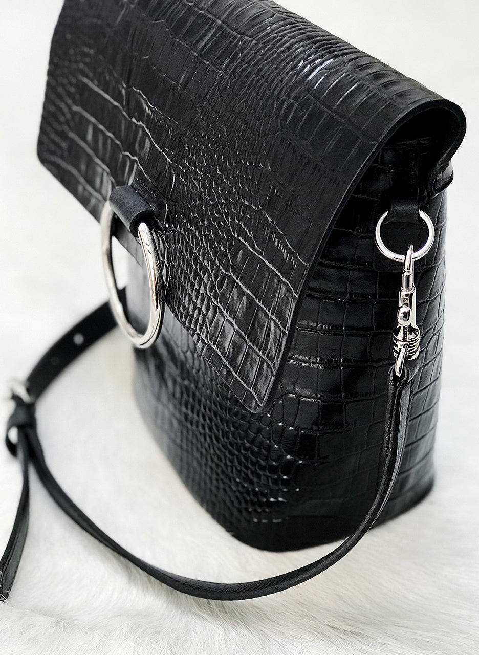 Brave Leather Virtue Bag