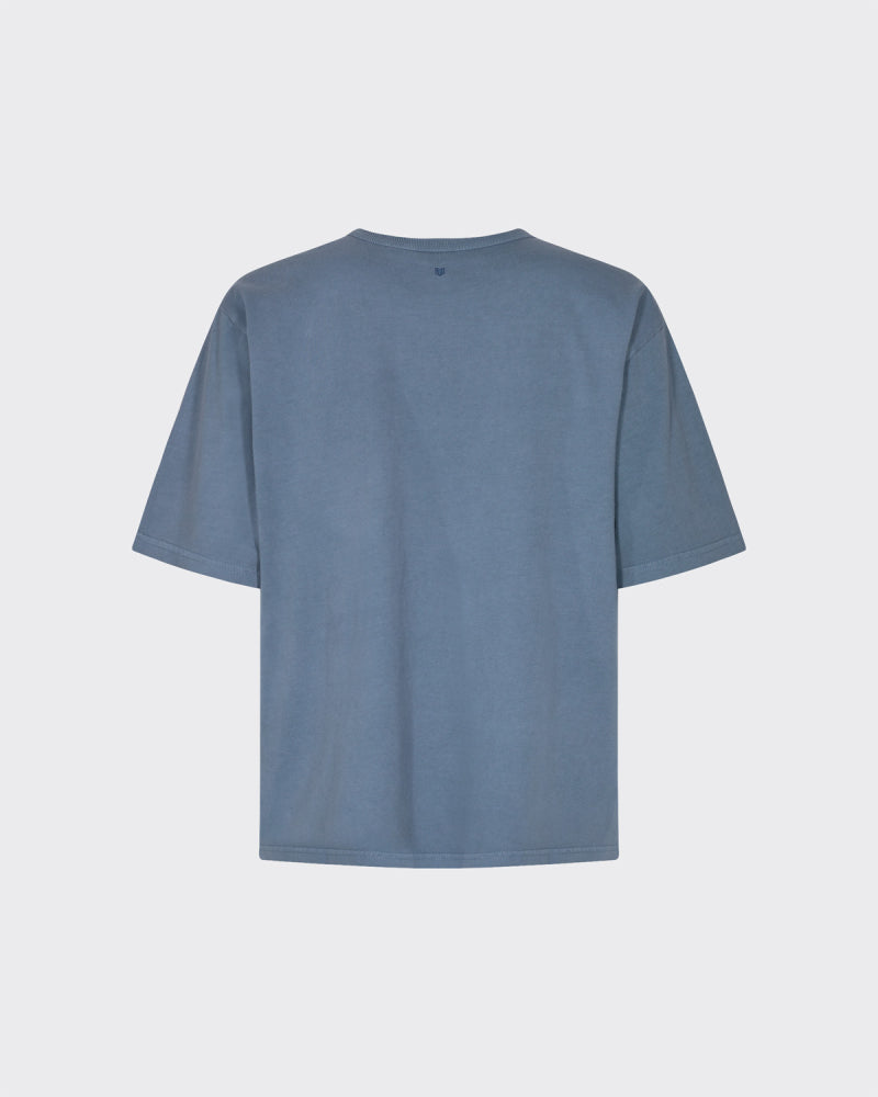 Minimum Shara Tee