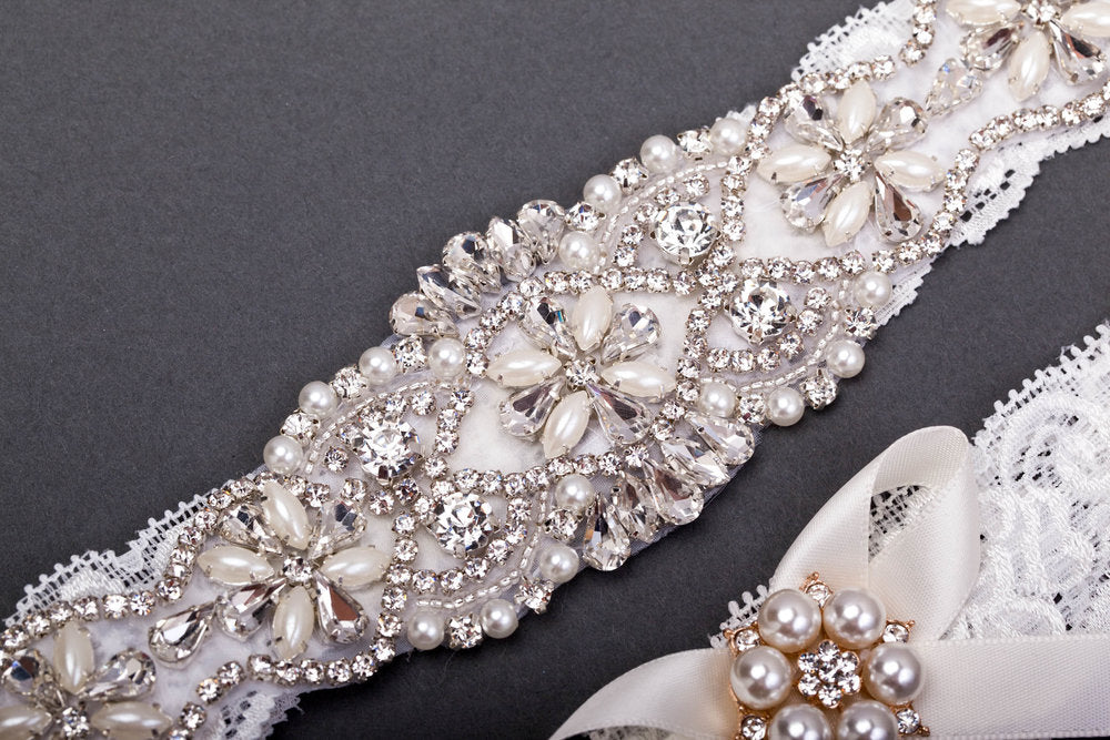 Vintage Pearl Wedding Garter Set