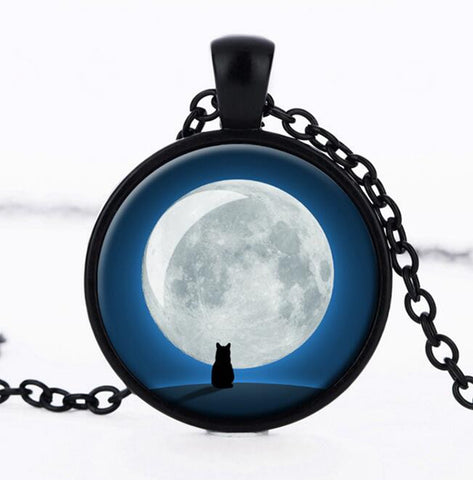 Cat Under The Moon Pendant - Cats Love Life