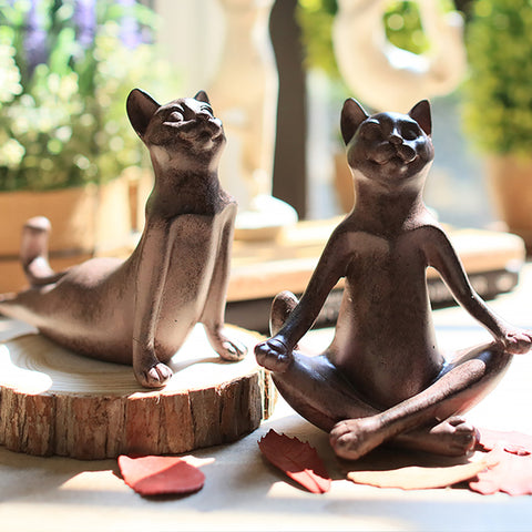 Retro Finishing Yoga Cat Sculpture - Cats Love Life