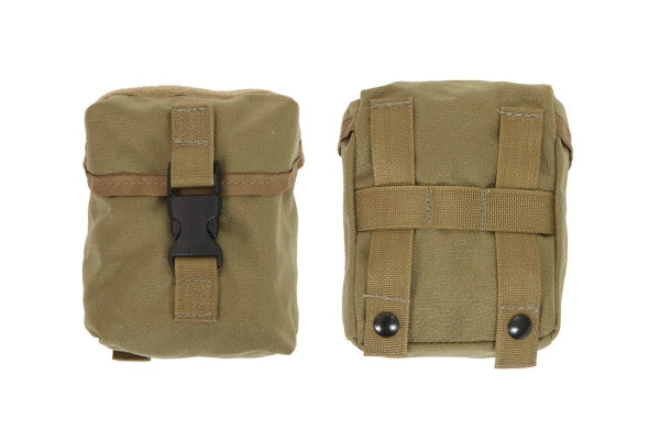 "Outside Front Pocket w/Flap & 1"" S/R Buckle"