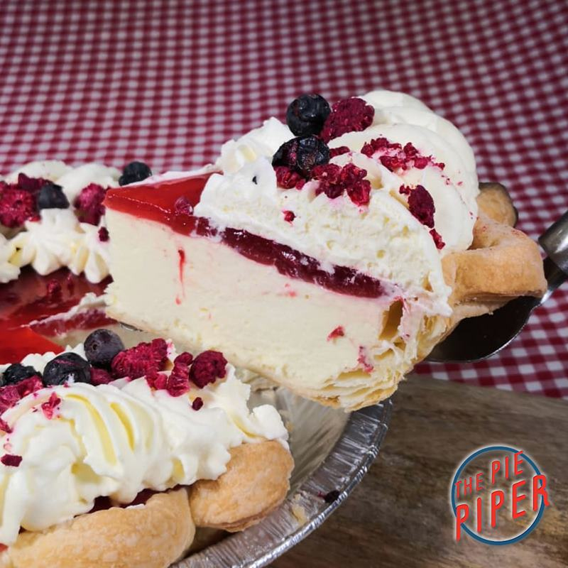 Berry Kiss Cream Pie