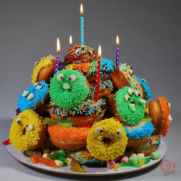 The_Pie_Piper Monster Doornuts Donut Cake
