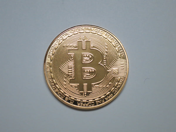 Bitcoin Gold Plated Color Physical Coin Cryptocurrency BTC Collectible Coin  by TrendyLuz (Pack of 1)
