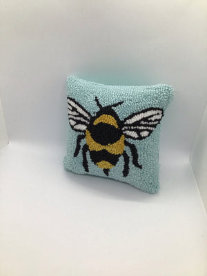 44488005 Pillow - Bee