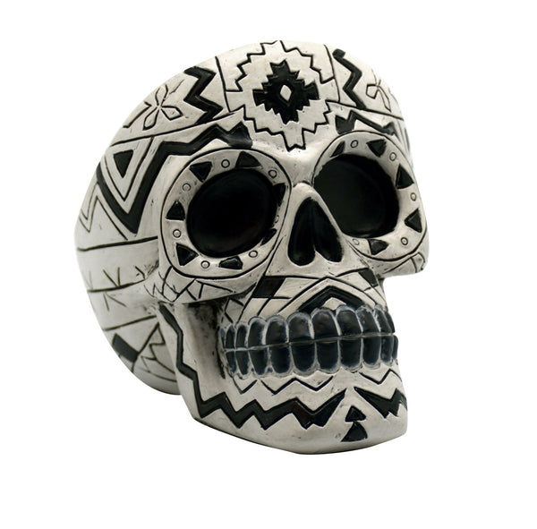 BLACK/WHITE TALL AZTEC SKULL ASHTRAY