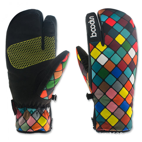 NEW - Snowboard or Ski Gloves | Windproof / Waterproof / Non-Slip,   - Found Lost Outdoors
