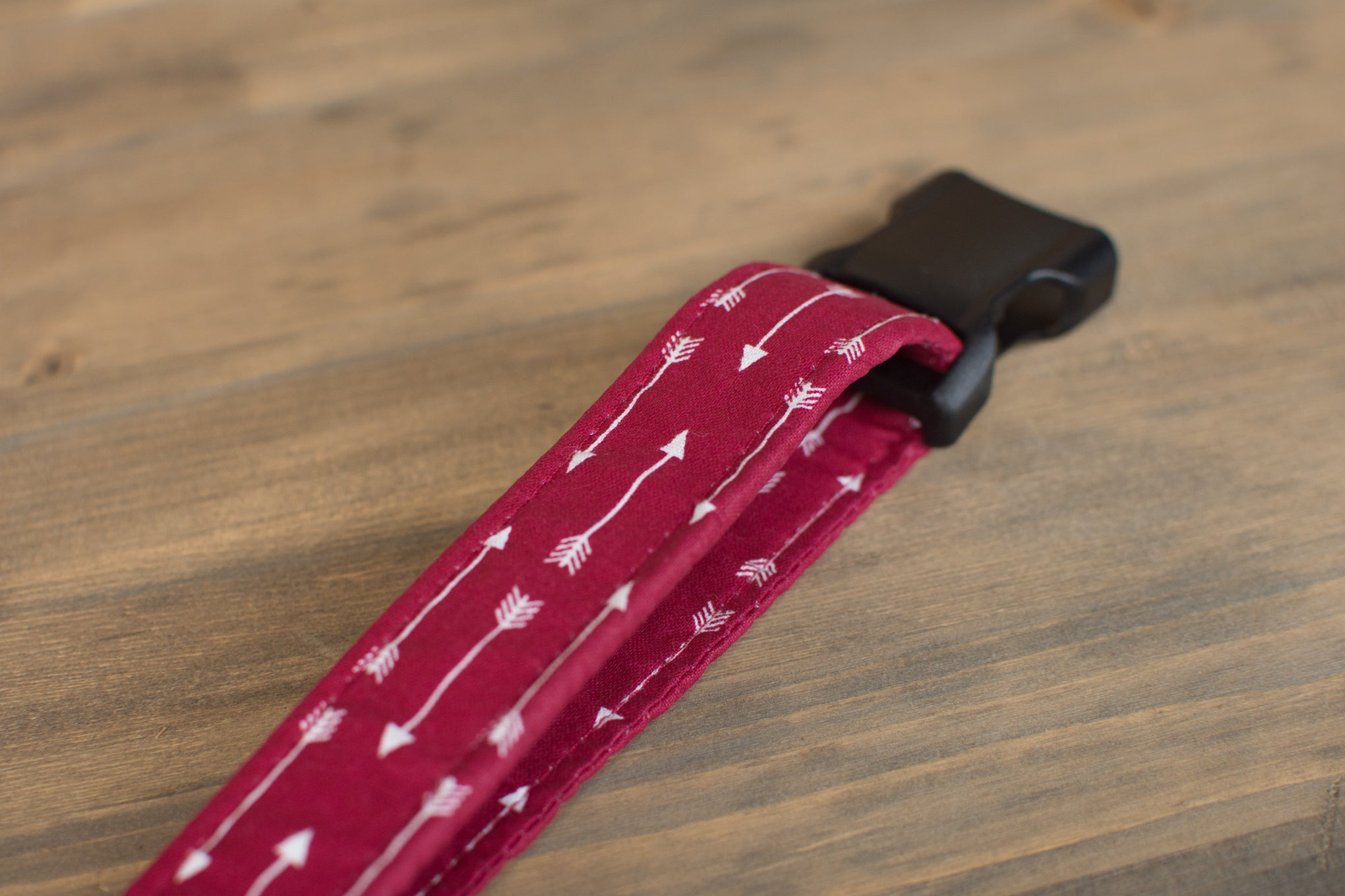 Burgundy Arrow Dog Collar