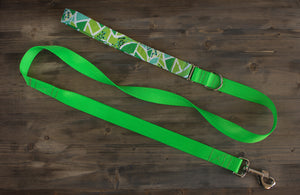 Green Leaf Dog Leash w/Built In Traffic Handle