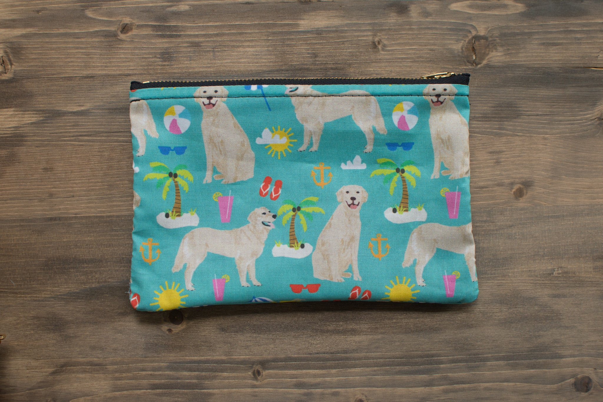 Golden Retriever + Beach Zipper Pouch