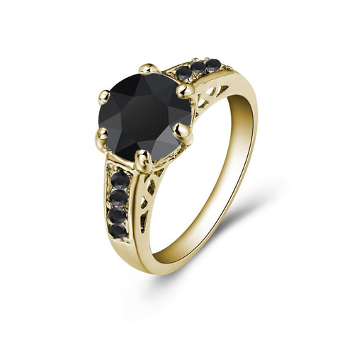 Black Amelia Ring in Gold