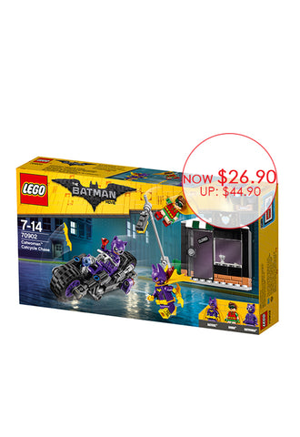 THE LEGO® BATMAN MOVIE Catwoman™ Catcycle Chase 70902
