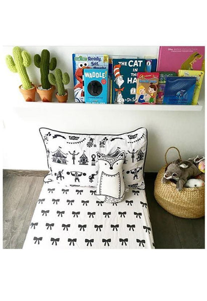 Ofortywinks Bow Bedset, Monochrome