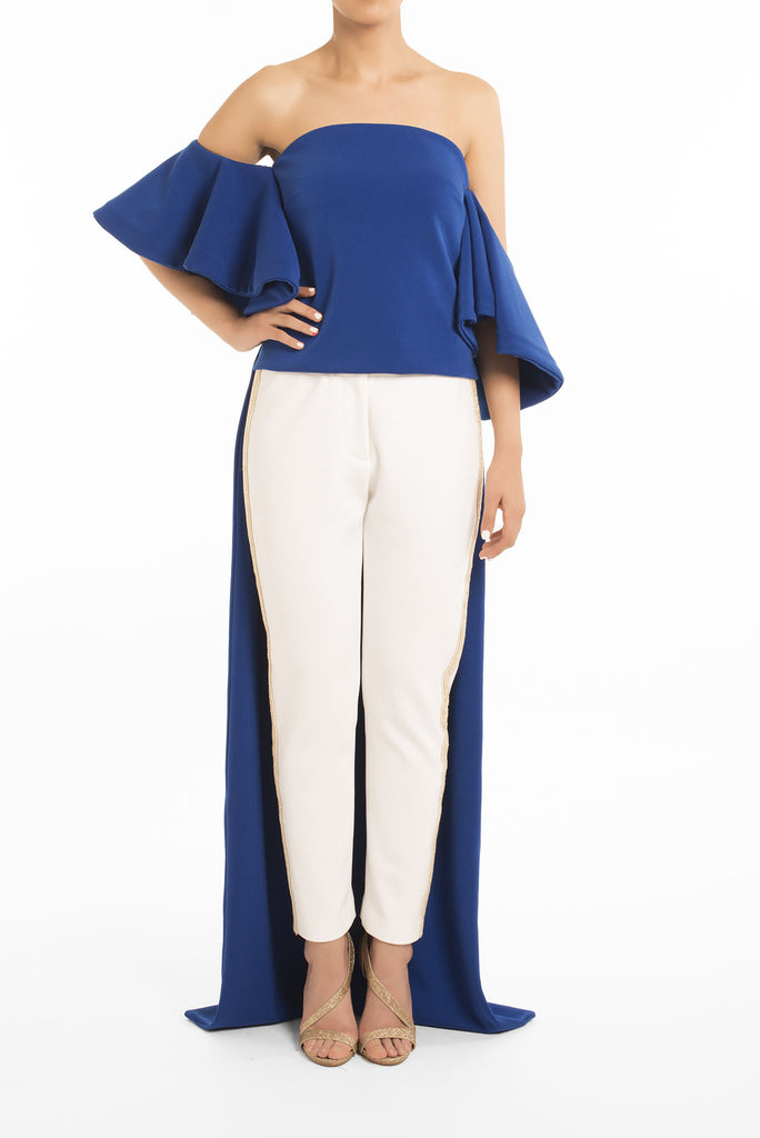The Kavi Front Sleeve