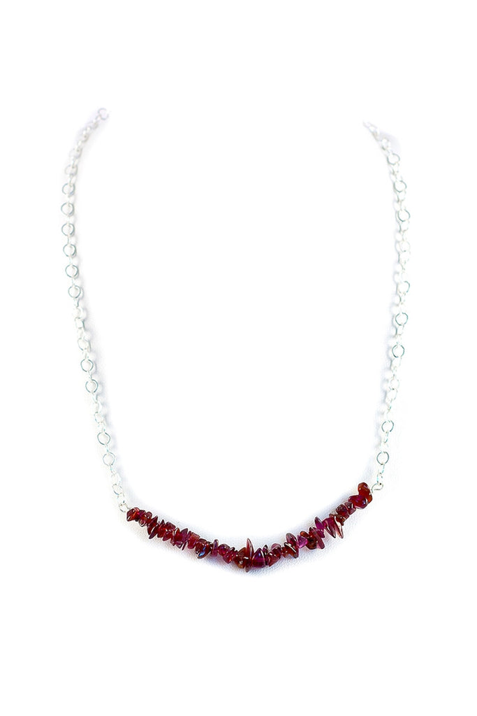 Jane Bar Magnetic Necklace - Dragon Red