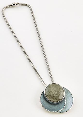 Olive Magnetic Necklace - Olive