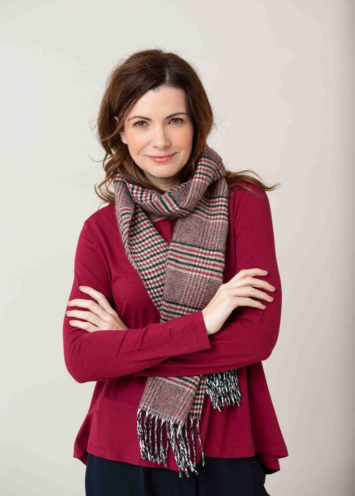 Karen Check Knitted Scarf - Grey/Red