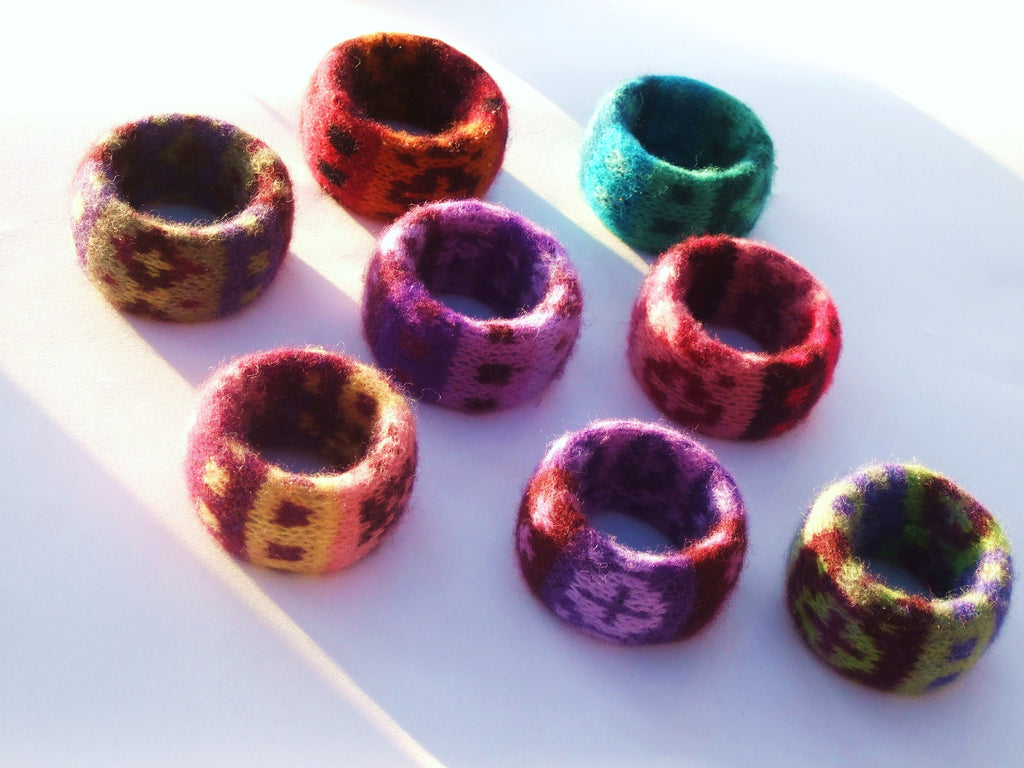 Knit Your Own Bangles Kit + Online Class on Mondays 18th, 25th Jan, 1st, 8th Feb 13:30 - 15:30 GMT
