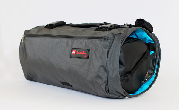 Henty wingman garment bag
