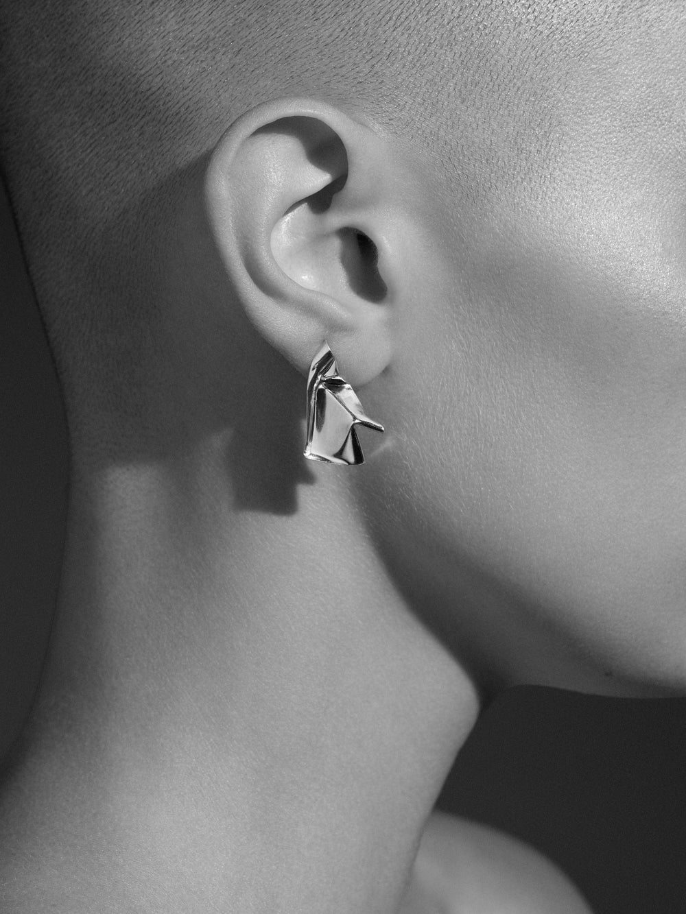 Closer By Wwake Cape Silver Earrings - one size Wwake 9dc0k4ckC