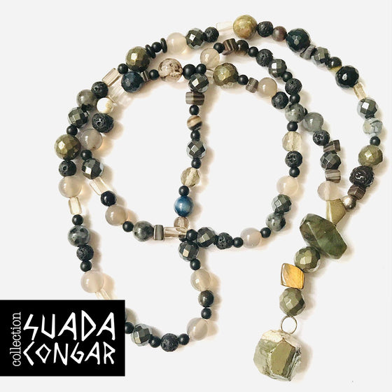 Precious Stones Collection - Labradorite & Hematite Necklace