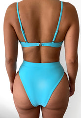 Aqua Unwired Strap Bikini Set