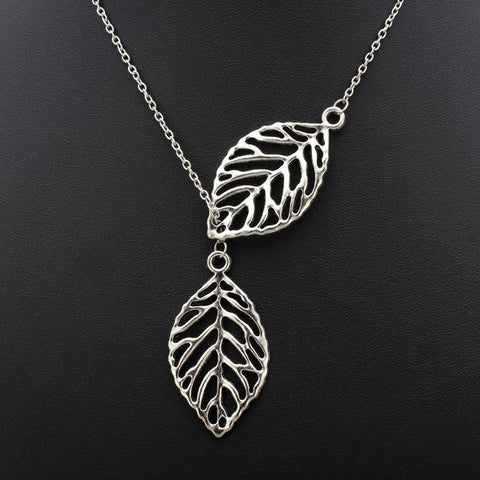 Leaf Pendant Clavicle Chain Necklace