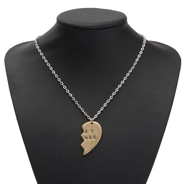 1 Pair Gold Broken Heart Double Parts Best Bitches Pendant Necklaces